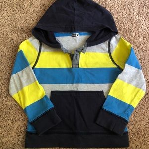 Super cute Pullover with hoodie and pocket